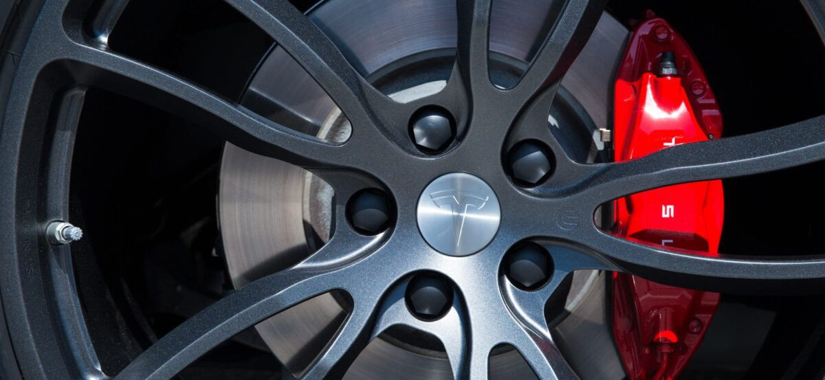 Unplugged Performance UP-02 Wheel Set for Tesla