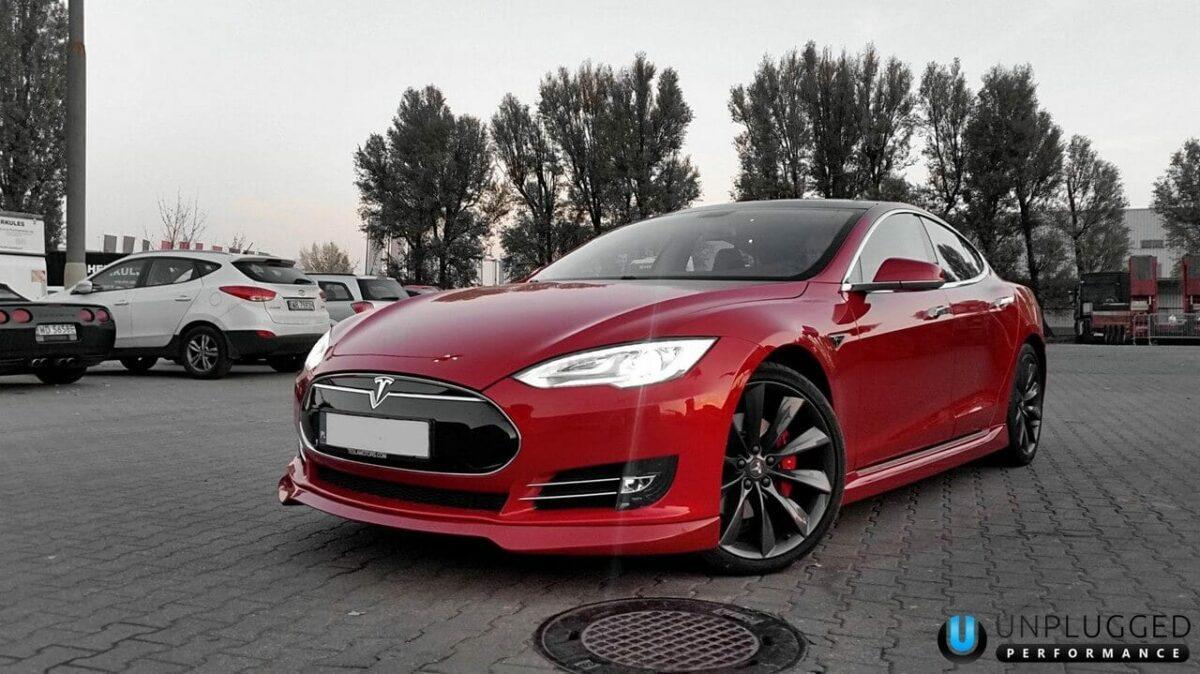 Unplugged Performance Side Skirt Set for Tesla Model S - Multi-Coat Red Front 3/4