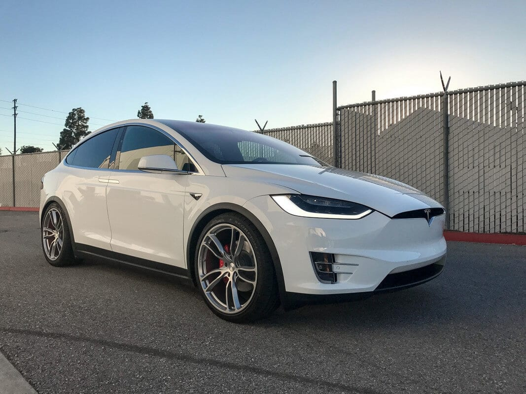 Sports Air Suspension Lowering Kit For Tesla Model X Unplugged