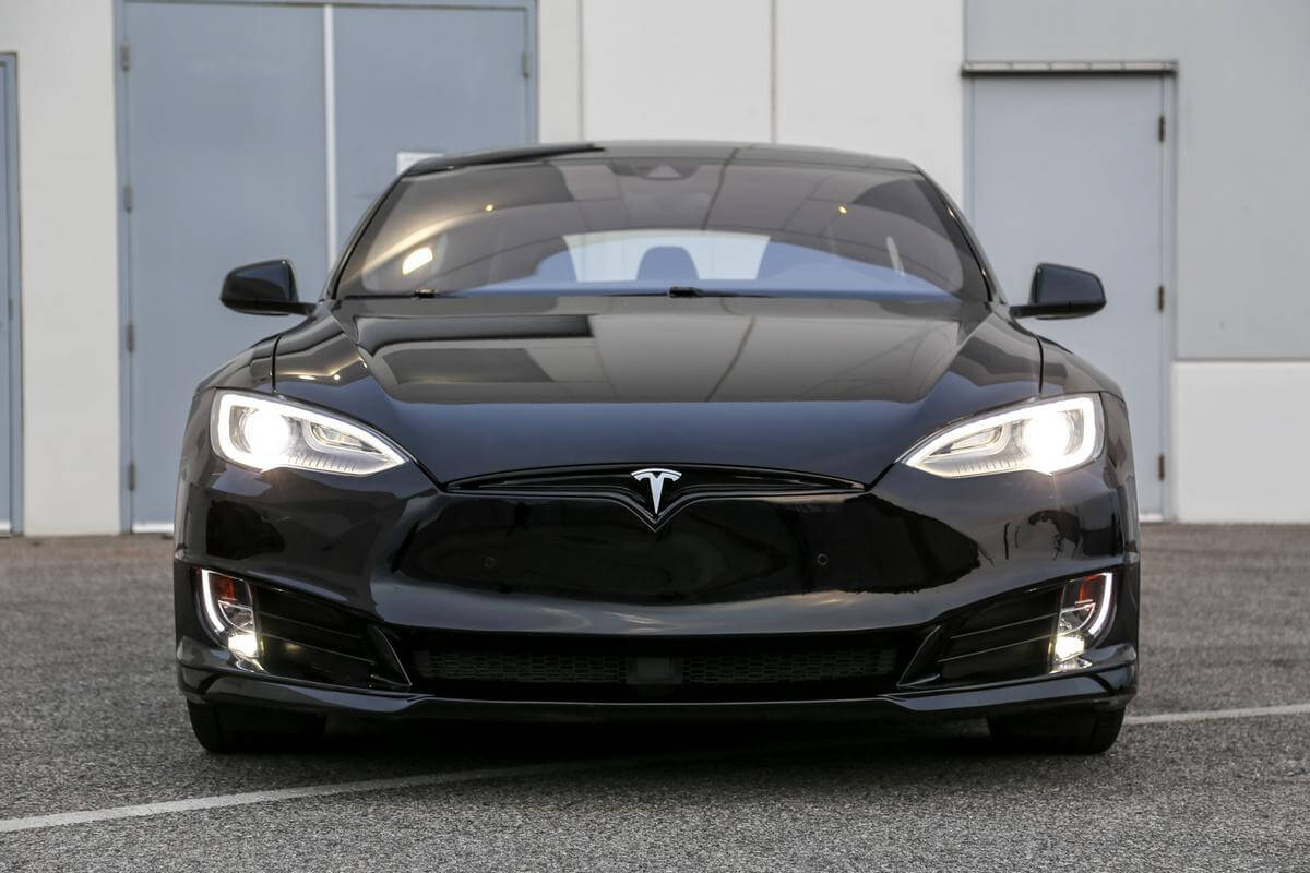 Unplugged Performance Model S