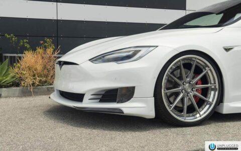 Multi-Coat White Facelifted Model S - Unplugged Performance Aero Kit