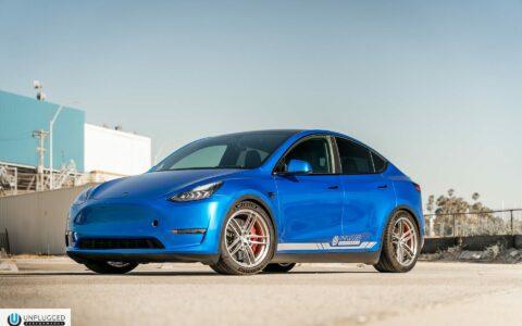 Deep Blue Metallic Tesla Model Y - Unplugged Performance UP-04 Wheels