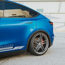 Deep Blue Metallic Tesla Model Y - Unplugged Performance UP-04 Wheels